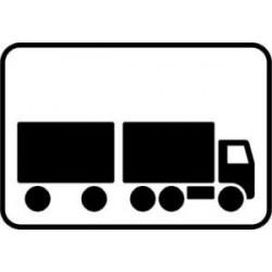 Lastbil med påhængskøretøj