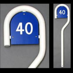 160 cm weiß pulverbeschichtet Zeichen mit Hausnummer